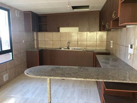 Irpavi C/11 || 2 Dorms || $us 99.000