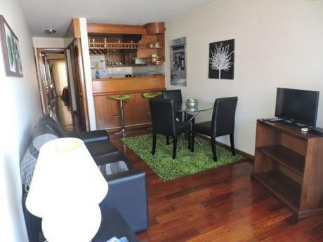 Proximo A Avda. Brasil Coqueto Apartamento Equipado A Full!!!!