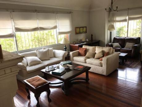 Apartamento 3 Dormitorios, 3 Baños, Garajes. Carrasco