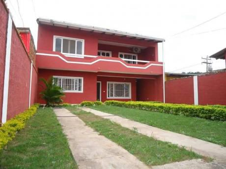 Casa En Venta - Zona Norte 6to Anillo