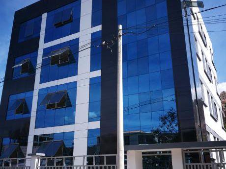 Departamentos Nuevos En Irpavi Calle 7 - 135 Metros Cuadrados