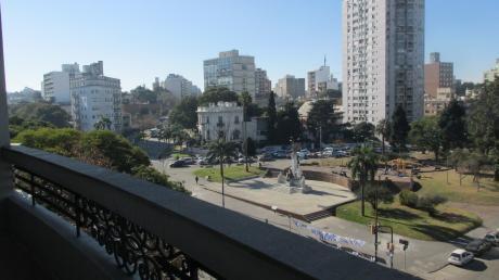 Br.artigas Y Canelones - Edificio De Epoca