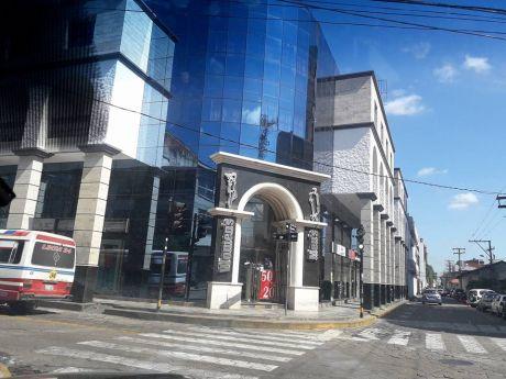 Centro Vendo Local Comercial Calle Rene Moreno