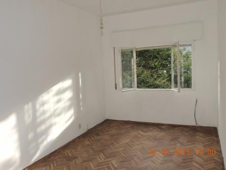 Apartamento Ideal Para Estudiante En Cordon!!!
