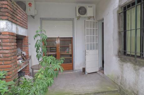 Venta Apto  Tipo Casa  CordÓn - OpciÓn Comprarlo Con Renta $ 20000. Mensuales