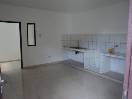 Casa Independiente De 3 Dormitorios