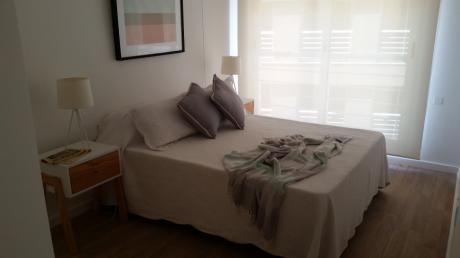 Apartamento Amplio Y Luminoso Sobre Contituyente!!
