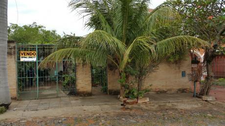 Vendo Amplio Terreno En B/ Villa Morra Con Casa A Reciclar