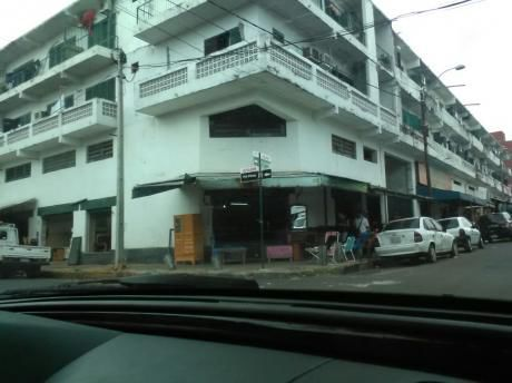 Edificio Sobre República De Colombia