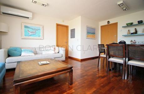 Moderno Apartamento En Punta Carretas