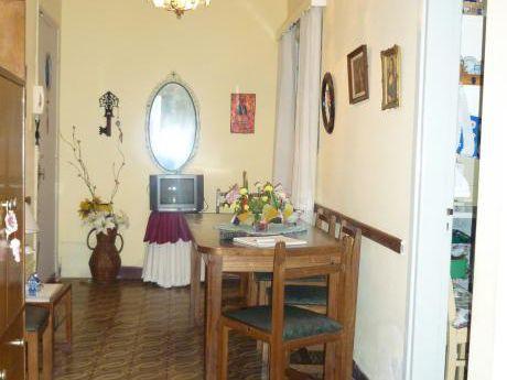 Ideal Para Estudiantes! Apartamento De Un Dormitorio! Excelente Ubicación!