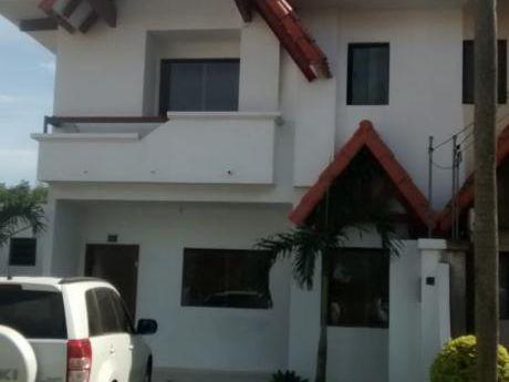 Casa En Anticretico En Condominio, Carretera A Cotoca