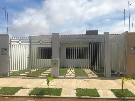 3 Casas En Venta A Estrenar En Zona Sur (urbanizaciÓn EspaÑa)