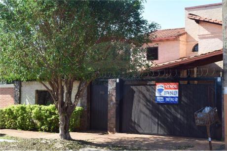 Amplia Residencia A 5 Cuadras De Mariscal Lopez