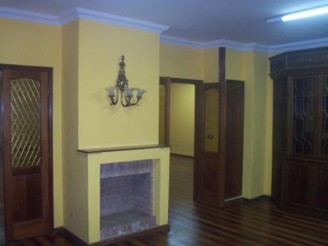 Alquilo Mansion De 2 Plantas 4 Dormitorios 1 C Avda Rca Argentina