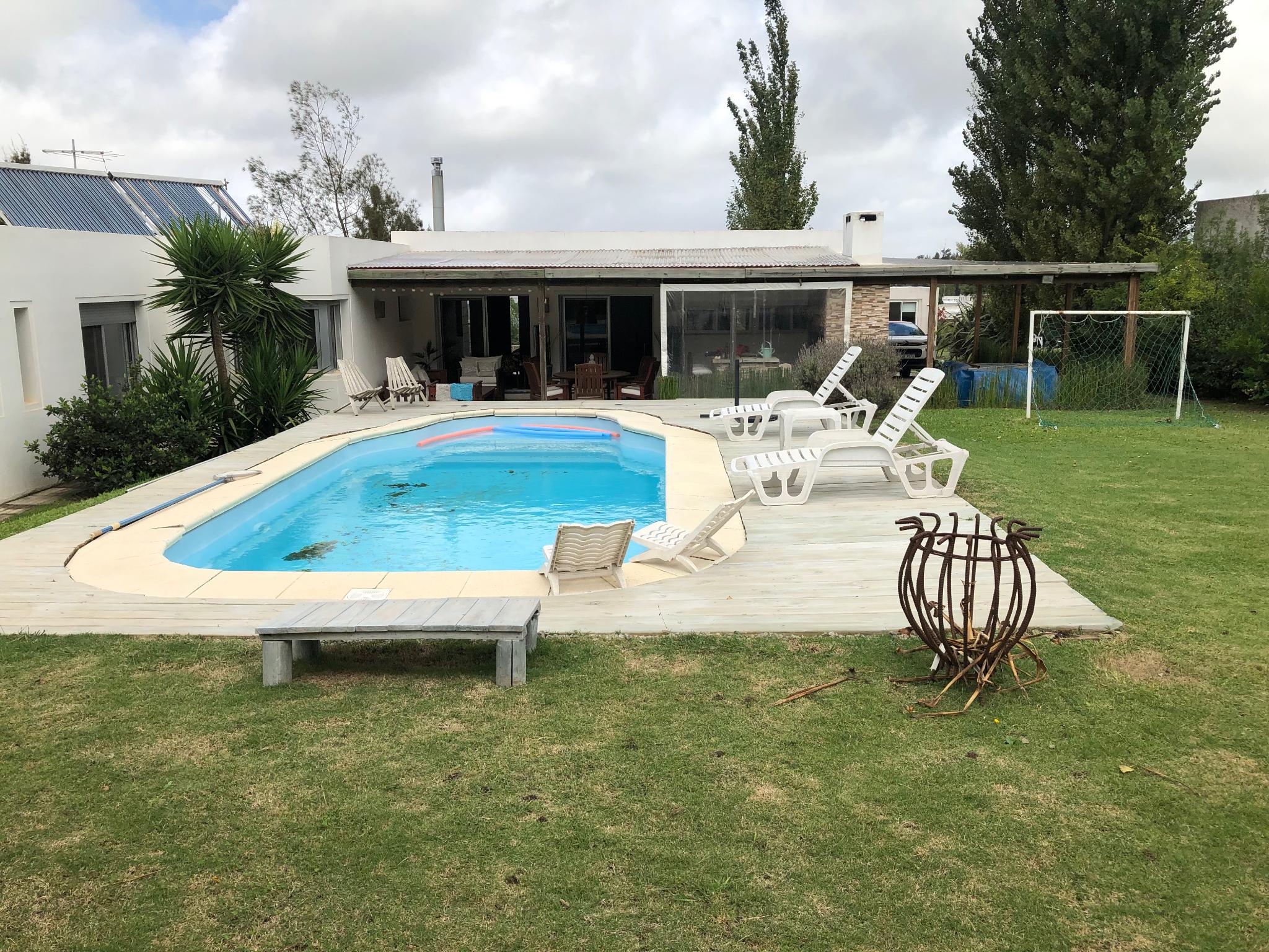 Venta Casa En Una Planta En Altos De La Tahona,impecable!!