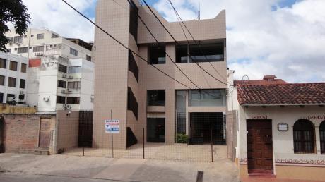 Edificio Comercial - Zona Casco Viejo - De Ocasion