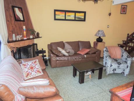 Casa A La Venta En Parque Batlle , 3 Dormitorios