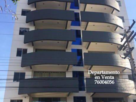 Propietaria Vende Amplio Departamente En La Mejor Zona De Santa Cruz.