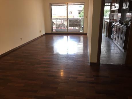 Alquiler Pocitos Nuevo, 2 Dormitorios Amplios, 2 Baños, 2 Garajes