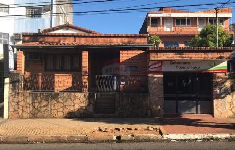 Casa De 4 Dormitorios Sobre Bartolome De Las Casas