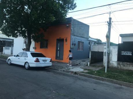 Peñarol, Casa Y Apto Con Renta !! U$ 65000