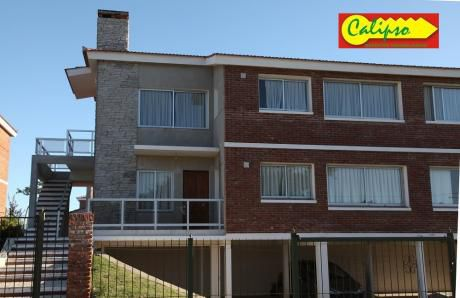 Villa Argentina -estufa A Leña - Inmobiliaria Calipso
