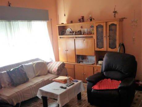 Próxima A 8 De Octubre Y 20 De Febrero. 3 Dormitorios