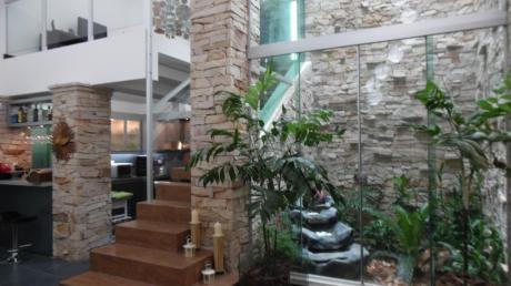 Casa En Alquiler - Amoblada En Sanber - Condominio!