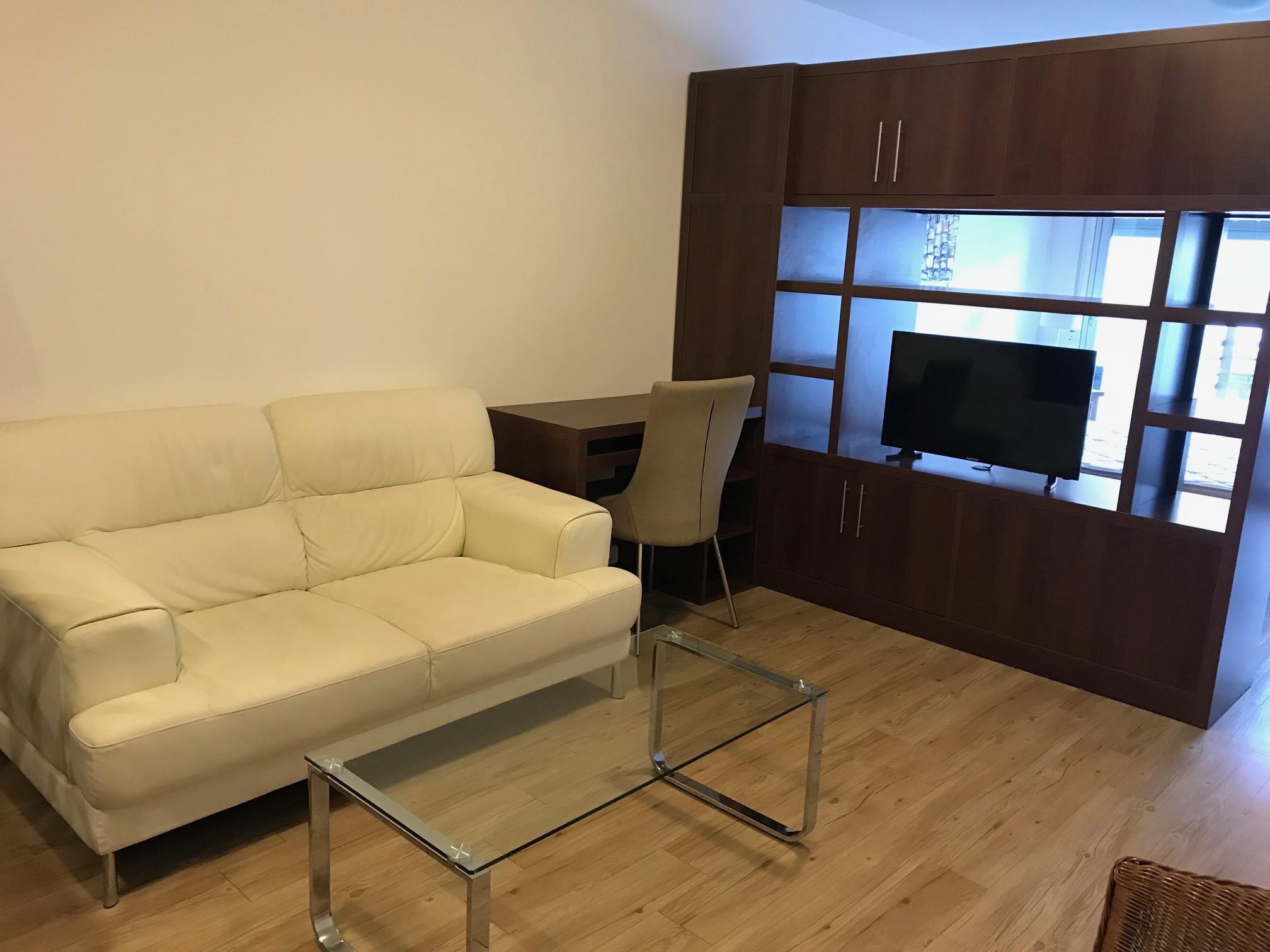 Alquiler mono ambiente con gge y muebles