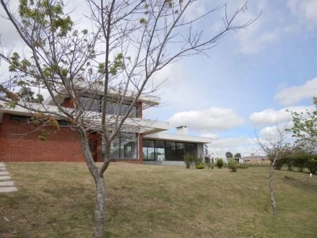 Casa A Estrenar En Cumbres De Carrasco