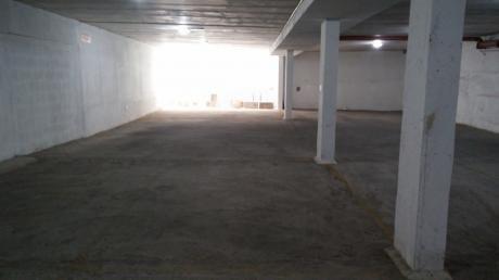 Alquilo Garage Pocitos Nuevo Muy Cerca Shopping Montevideo