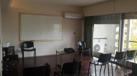 Sala De Capacitación! Excelente Zona! Hasta 25 Alumnos. Alquiler $360 Por Hora