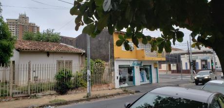 Vendo Casa Zona Perú Y Cerro Cora