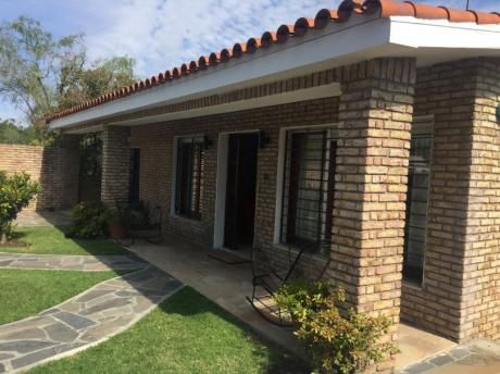 Venta De Casa 3 Dorm Carrasco Norte