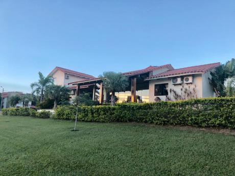 Casa En Venta En Condominio Polo Country