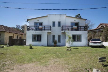 Hermosa Casa En Piriápolis