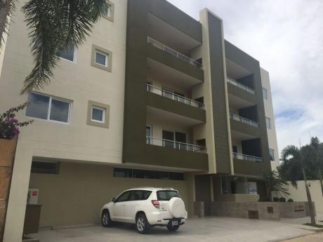 Departamento En Alquiler Condominio Los Angeles, Barrio Las Palmas
