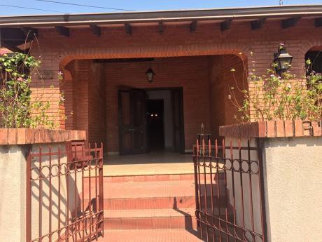 Alquilo Casa Toda En Una Planta - Zona Club Centenario