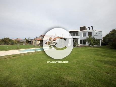 Casa En Lomas De La Tahona. Ref: 5982