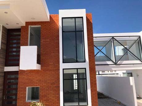Condominio Cerrado Altos De Aranjuez