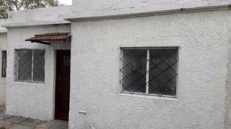 Ideal Renta!!! Apartamento Tipo Casa 2 Dormitorios  Acepta Banco Y Anv .