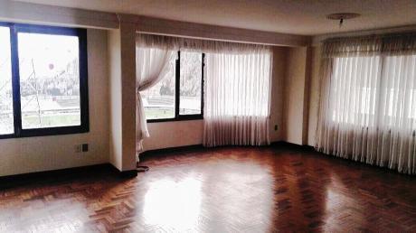 Venta Achumani - Departamento 4 Habitaciones - Con Garaje  (150m2)