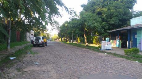 Terreno De 738 M2 En Esquina - Asunción - Santísima Trinidad