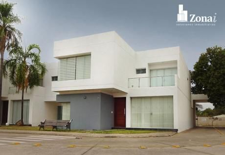 Vivienda De 4 Suites En *condominio Exclusivo De La Zona Norte