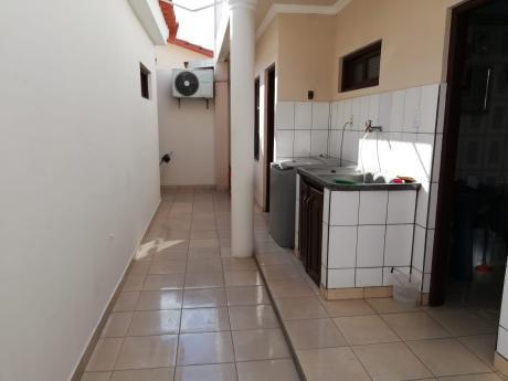 B.r. Olam Alquila Casa De 4 H. Amoblada Z/este Carretera A Cotoca 8vo Anillo