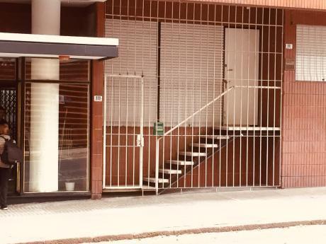 Dueño. Excelente. Tipo Casa Con Entrada Independiente.