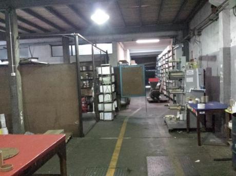 Locales Comerciales En Brazo Oriental