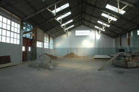 Loc Industrial Prox Terminal De Cno Maldonado