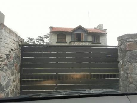 Oportunidad !!! Se Vende Hermosa Casa En El Pinar